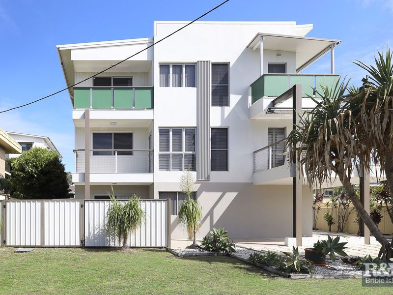 1 3 Nicholson Close Bellara Qld 4507 Townhouse For Sale Realestate Com Au In 2020 Townhouse House Styles Enclosed Patio