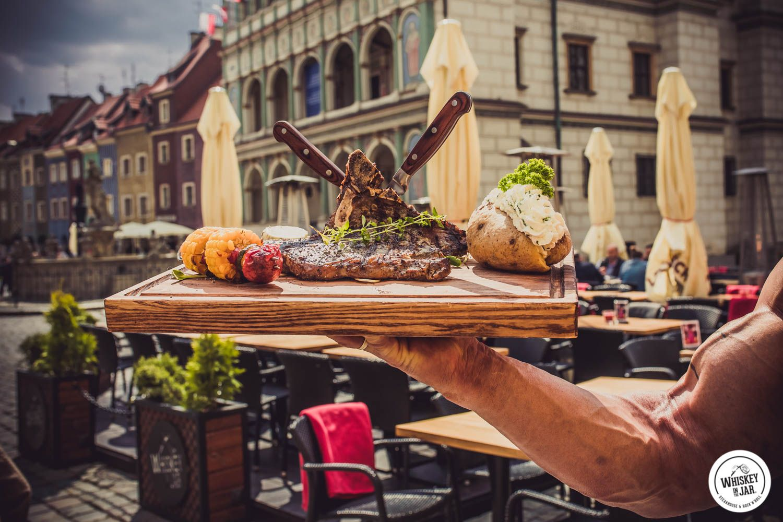 Huge Man Huge Steak Steak Poznan Lodz