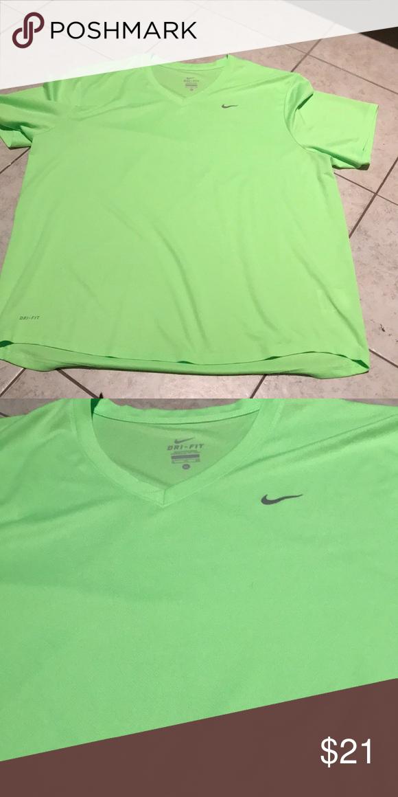 3969c857 Mens Nike dri fit shirt size XL Nike dri-fit shirt size XL Bright green  Shirts Tees - Short Sleeve