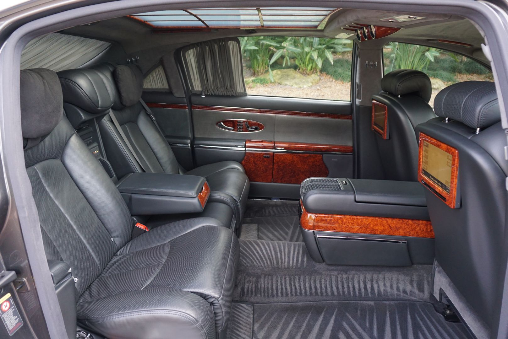 Rent Our Maybach 62 For Your Wedding In Orlando Call Orlando Wedding Cars Maybach Wedding Car