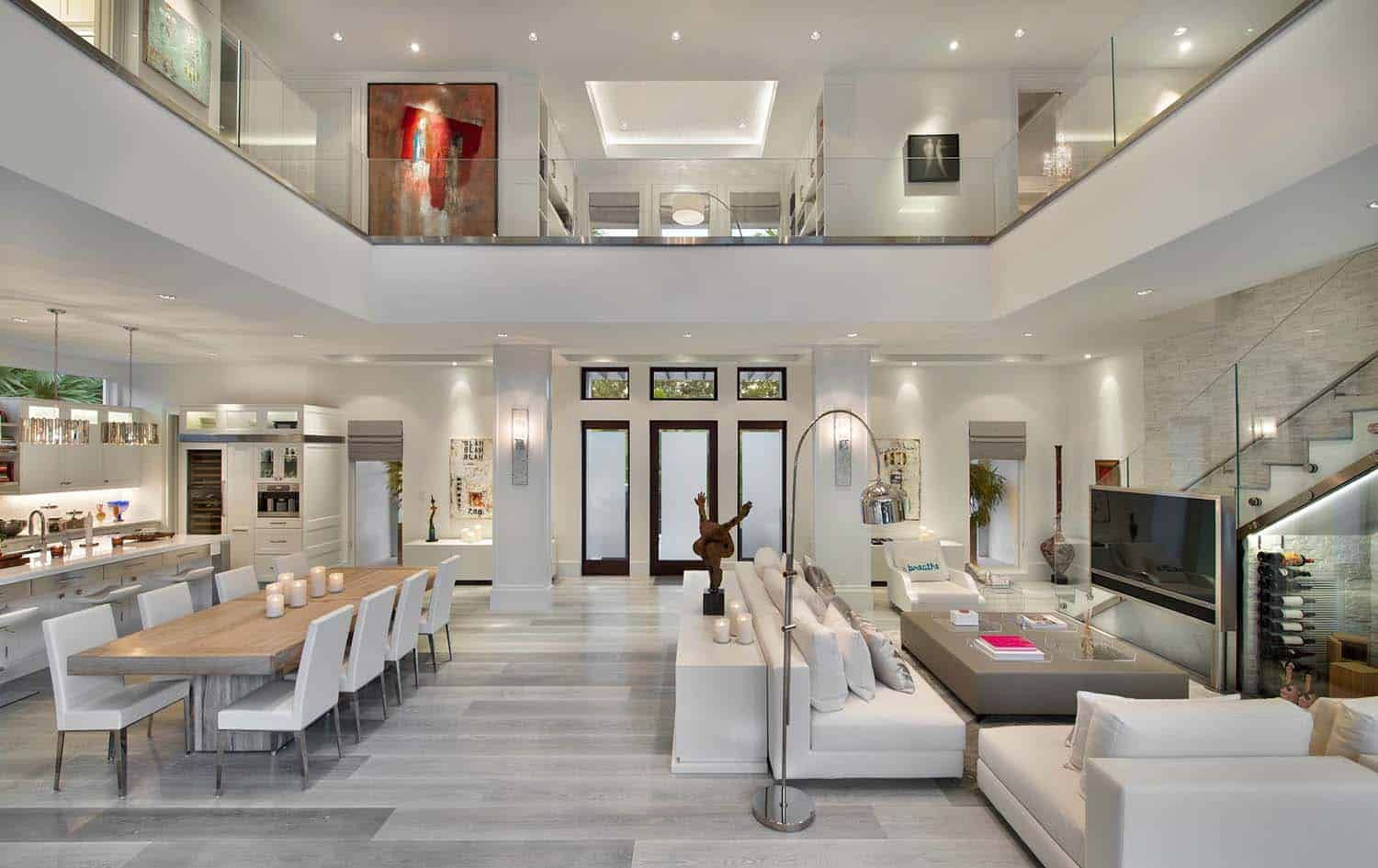 Exquisite Modern Coastal Home In Florida With Luminous Interiors Modern House Design House Home Interior Design