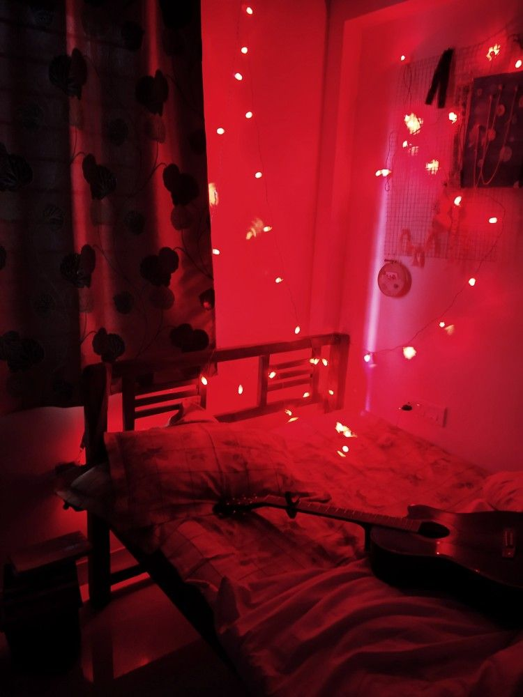 Red room, fairy lights, red fairy lights, bedroom ...