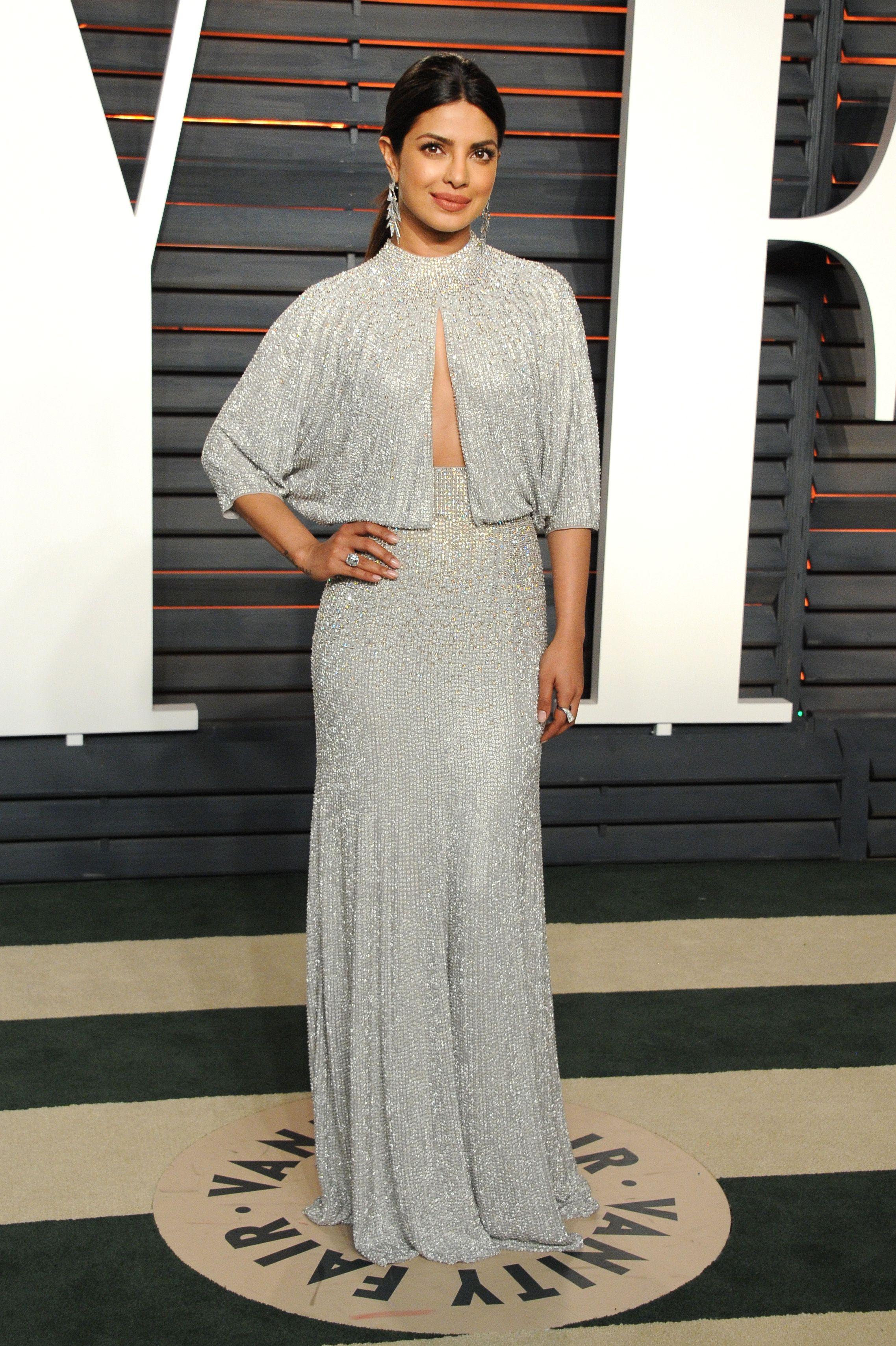 23467648a3 VF Oscars After Party Fashion 2016 Priyanka Chopra