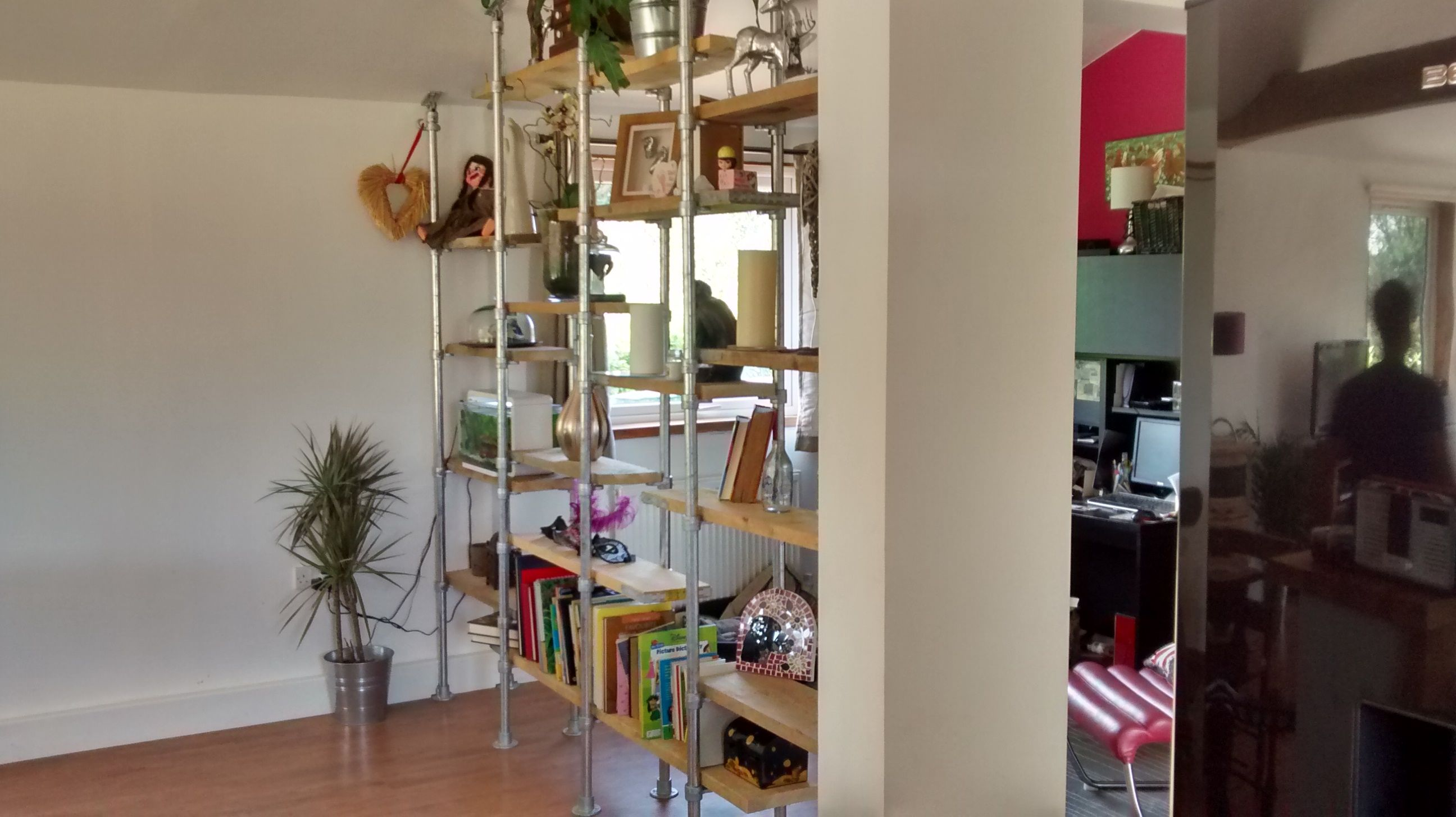 DIY industrial floor to ceiling shelving system using Kee