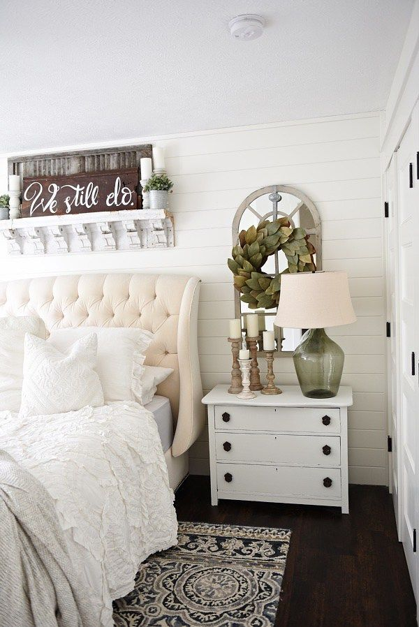 How To Give Any House Farmhouse Style   Romantic Home And Style Cool Farmhouse Style Bedroom Inspiration