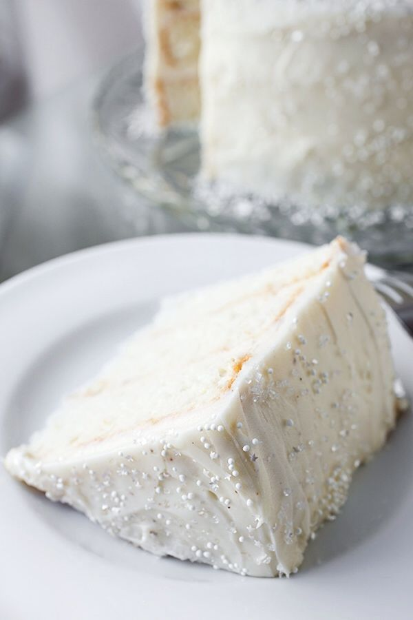Winter Snow Flurry Cake
