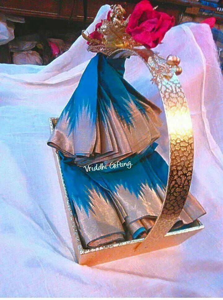 Indian wedding trousseau gift packing wedding gift pack
