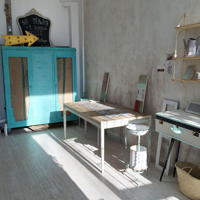 Pintar paredes con efectos desgastados o vintage disperse - Pintar muebles chalk paint ...