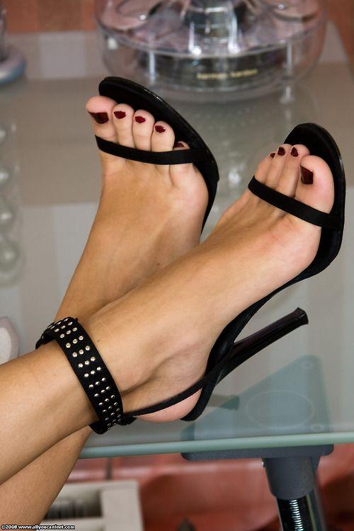 Jamie Valentine Feet Pov