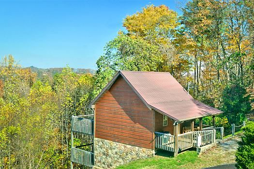 Area Pigeon Forge Cabin Rental Little Bearadise 1 Bedroom 2 Bath Sleeps 4 Pigeon Forge Cabin Rentals Smoky Mountain Cabin Rentals Cabin
