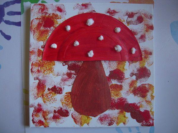 le champignon table champignons activit manuelle. Black Bedroom Furniture Sets. Home Design Ideas
