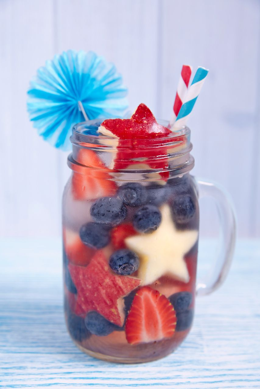 Red, White, and Blue Cocktails: Patriotic Shirley Temple for a non-alcoholic option