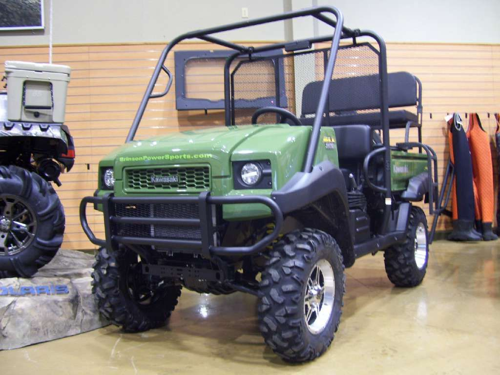 2013 kawasaki mule 4010 4x4 diesel. comes with a lift kit, 27