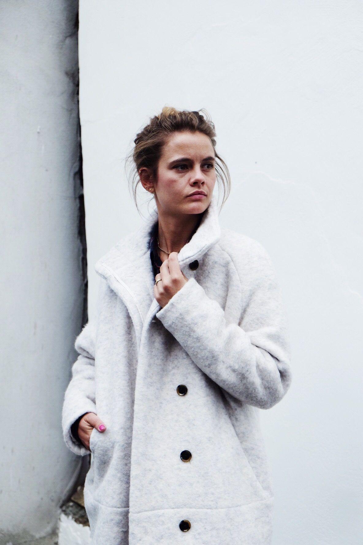 The oh so talented Stefanie wearing the oh so stylish Samsoe Samsoe Hoff  jacket. Get