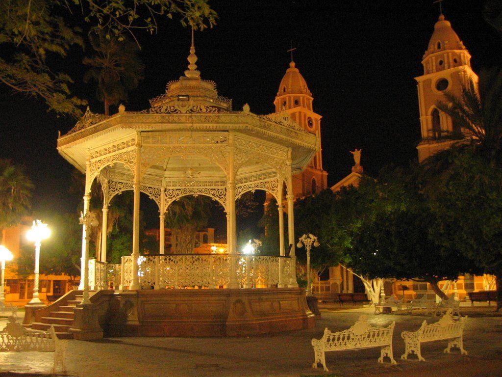 Plaza 13 De Julio De Noche Guaymas A D Nde Ir En Guaymas San  # Muebles Luna Guaymas