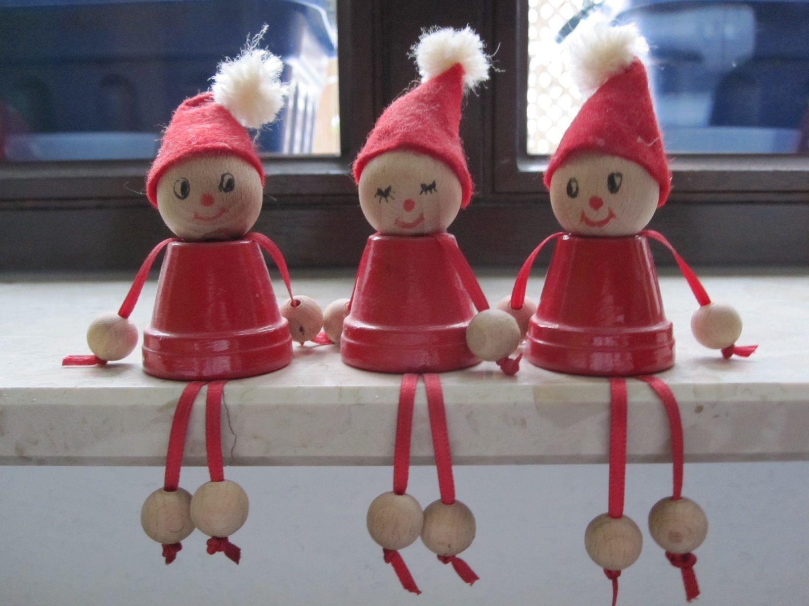 Ich wünsche euch allen ein frohes Weihnachtsfest und besinnliche Feiertage! Diese Weihnachtswichtel sind übrigends schon seit ein paar Jahr...
