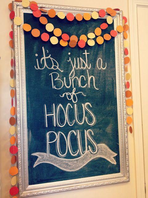 """Ma è solo un pacco... ABRACADABRA!"" #FaiDaTe #Lavagna #Halloween _ ""It's just a Bunch... HOCUS-POCUS!""  #DIY #Chalkboard #Halloween"