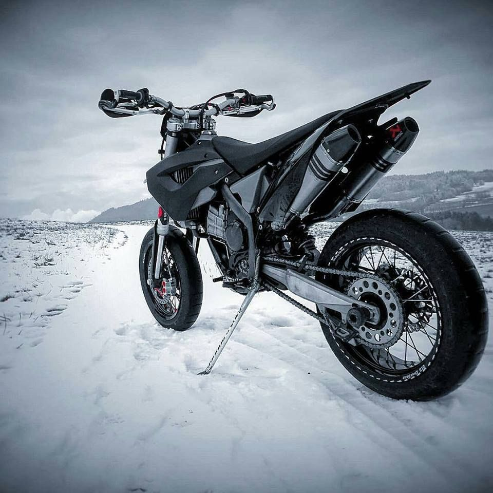 Pin By Deny Putra Tanjung On Motor Scooter Bike Pic Supermoto Brilliant Bikes