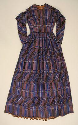 1844-48 Dress