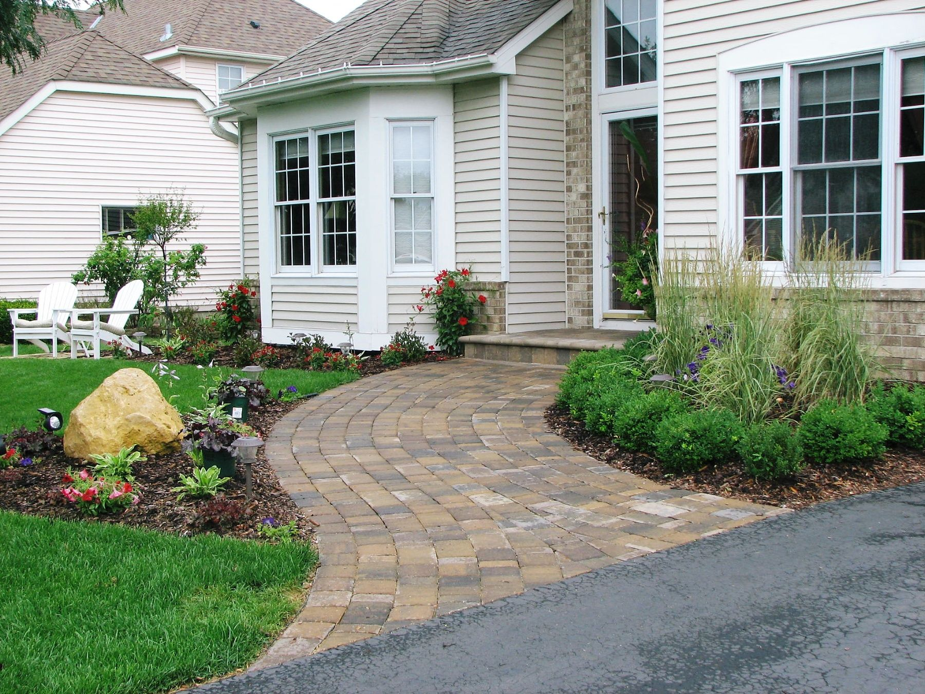 wide curved paver walkway