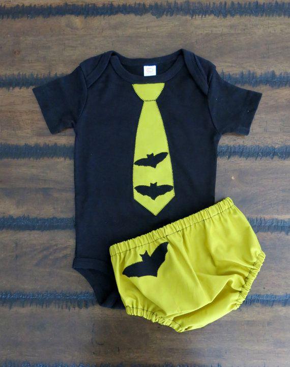 Bats Diaper Cover Baby Boy Halloween Outfit Spooky Bodysuit First Halloween Baby Boy Outfit Halloween Shirt