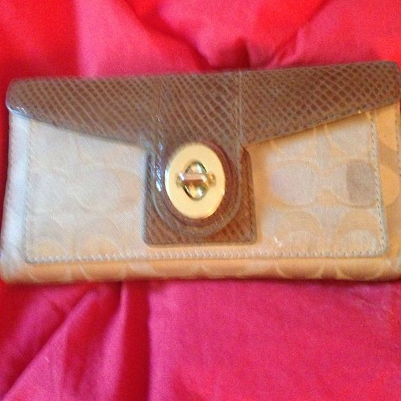 Coach wallet Lots of storage. Excellent condition Coach Accessories