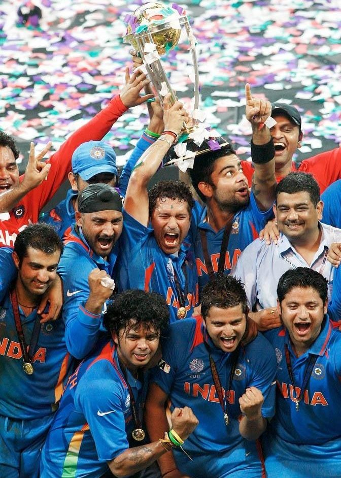 The World S Main Cricket Yet India Take Srilanka In The World Cup 2011 Final Match Mumbai On April 02 20 India Cricket Team Cricket Sport Cricket Wallpapers