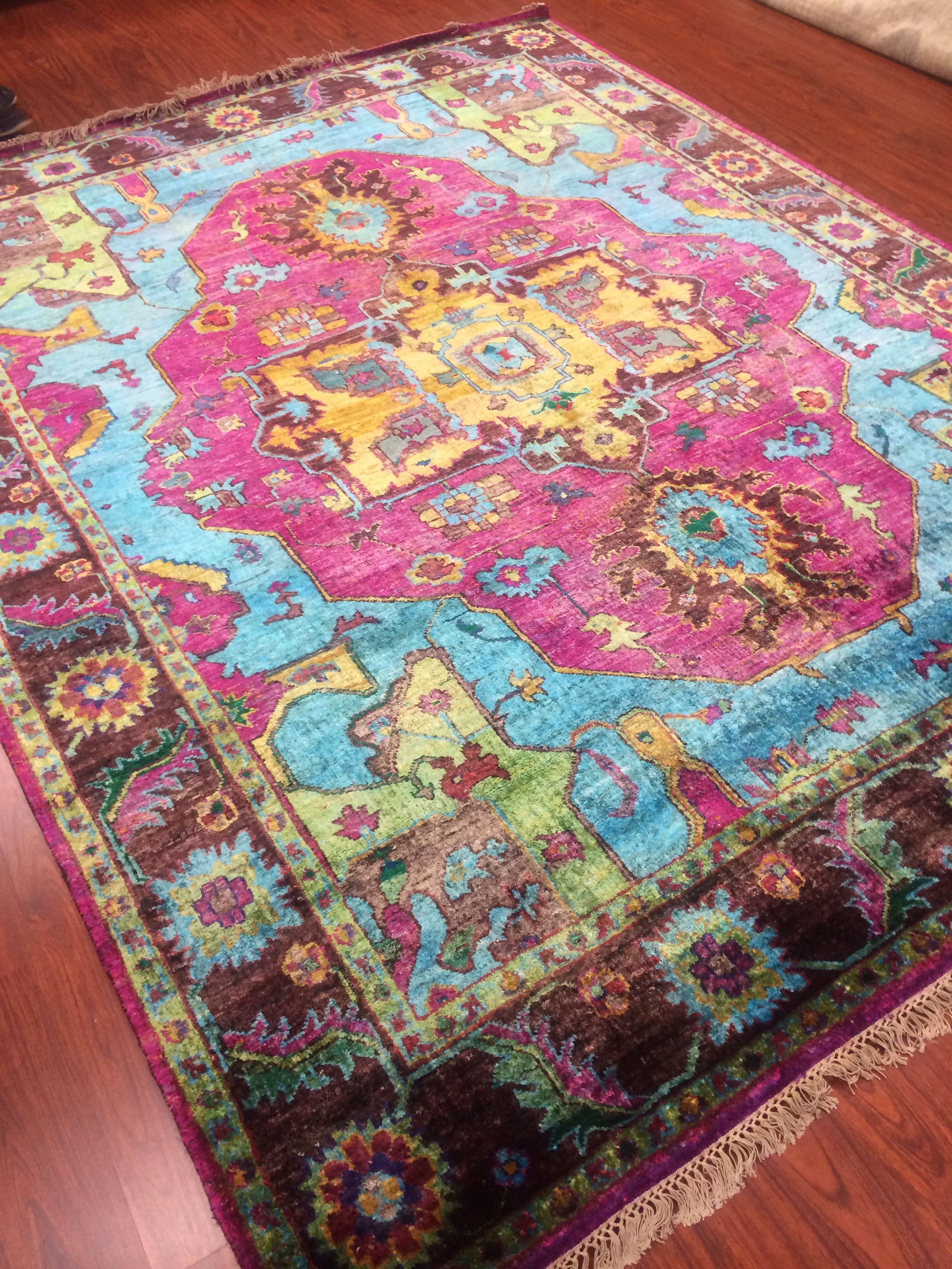 Pin By Fj Kashanian Rugs On Sari Silk Rugs Rug Hooking Patterns