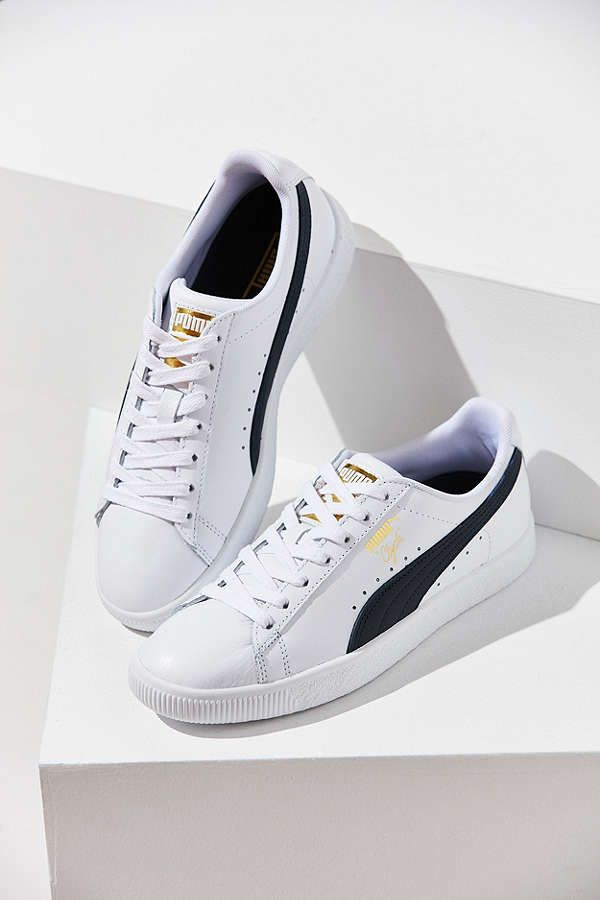 los angeles d9412 c66e6 Clyde Puma, Sneakers Street Style, Sneaker Street, What s Trending In  Fashion, My