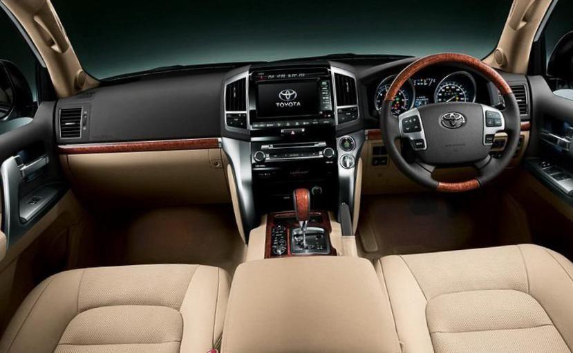 Land Cruiser 200 Toyota configuration - http://autotras.com