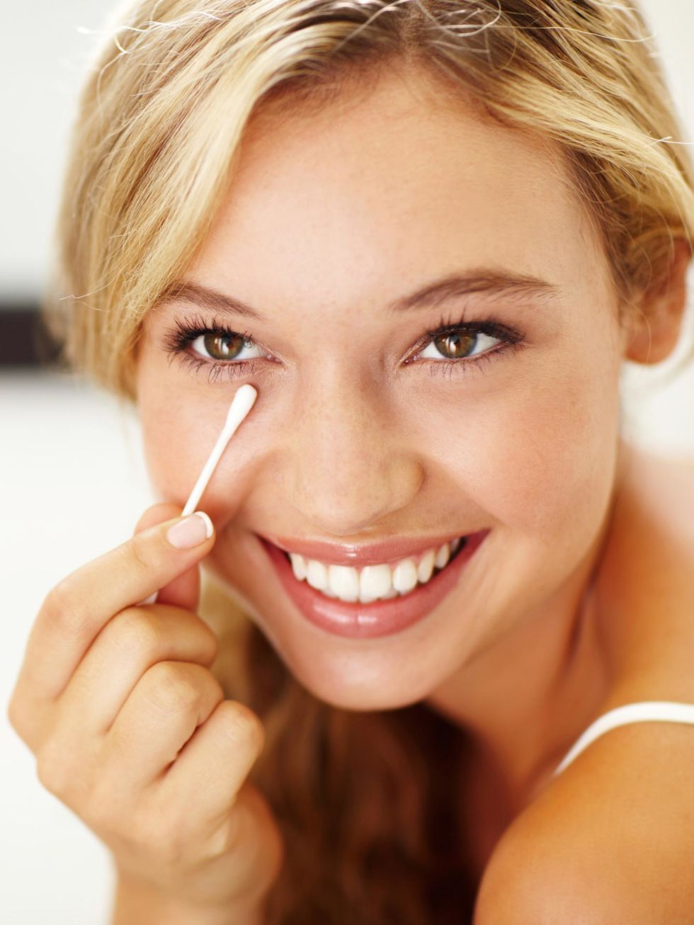Before you start, use a Qtip to remove excess moisturizer