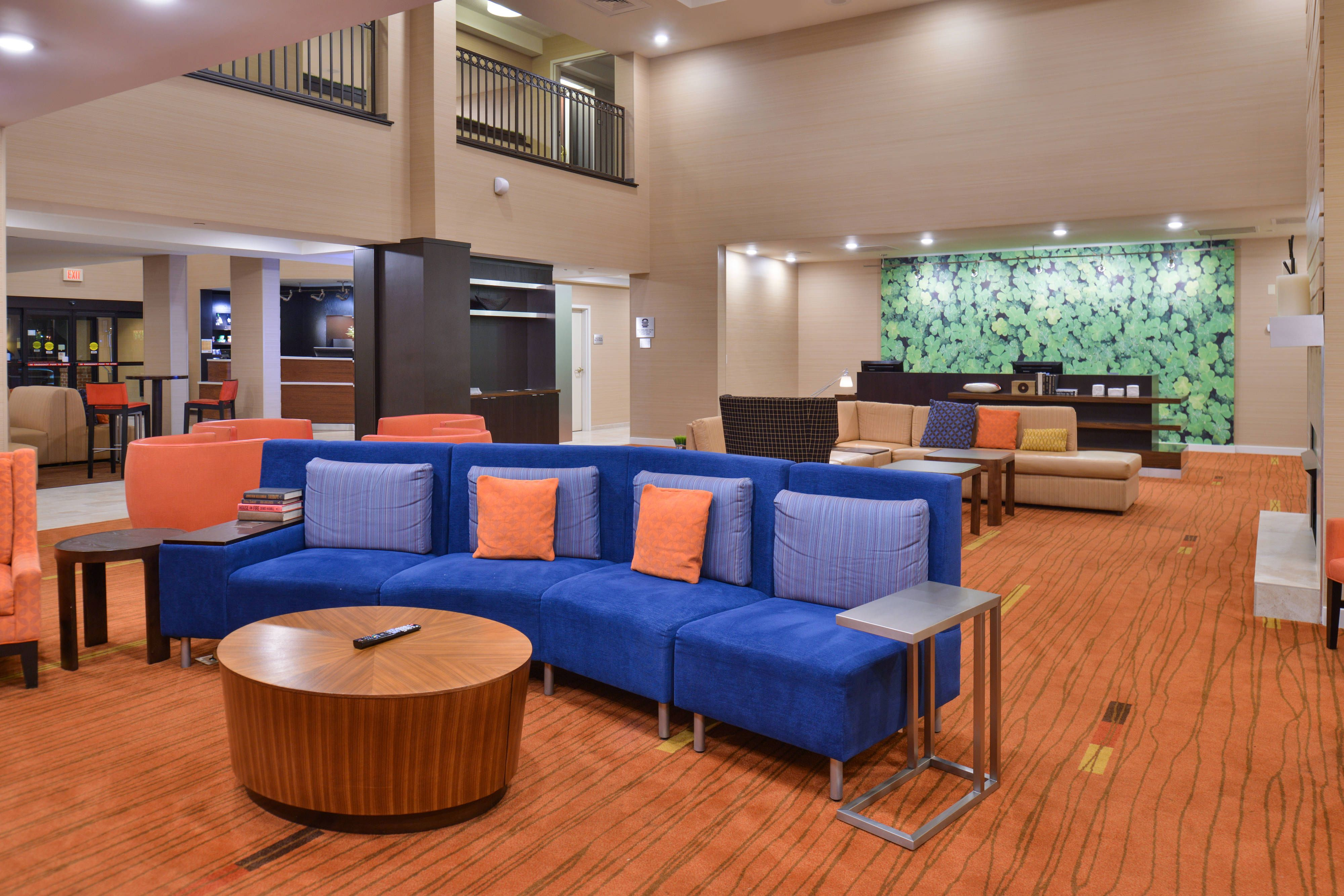 Courtyard Decatur Lobby Hotels Memorable Holidays Outdoor Furniture Sets Home Decor Hotel