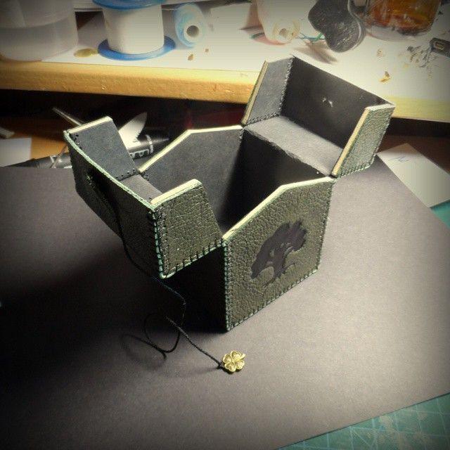 Joulsworkshop On Instagram Handmade Deckbox Mtg Magicthegathering Wooden Jewelry Boxes Deck Box Leather Craft