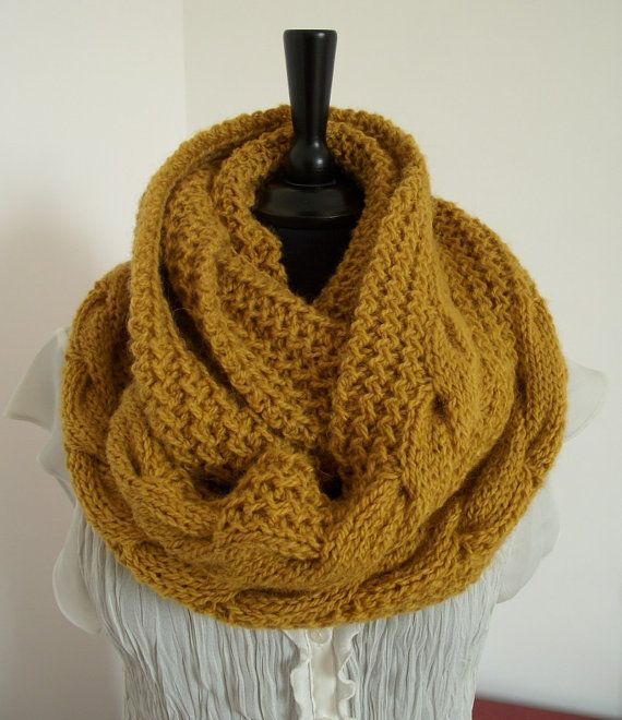 KNITTING PATTERN SCARF Chunky winter knit scarf pattern - London ...