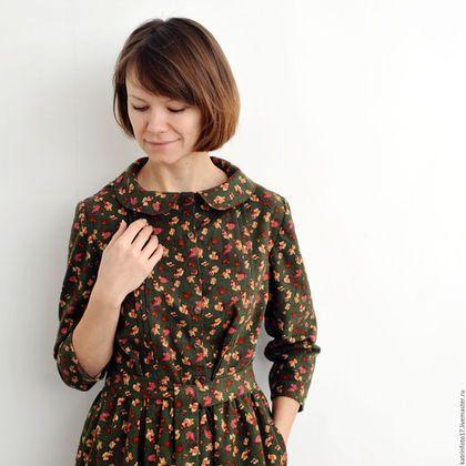 Осенние цветы на платье