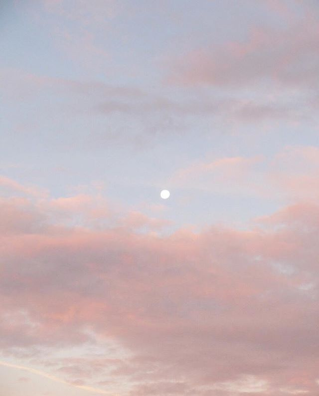 Pin By Maja Geisler On Sky High Pink Wallpaper Iphone Iphone Wallpaper Sky Digital Wallpaper