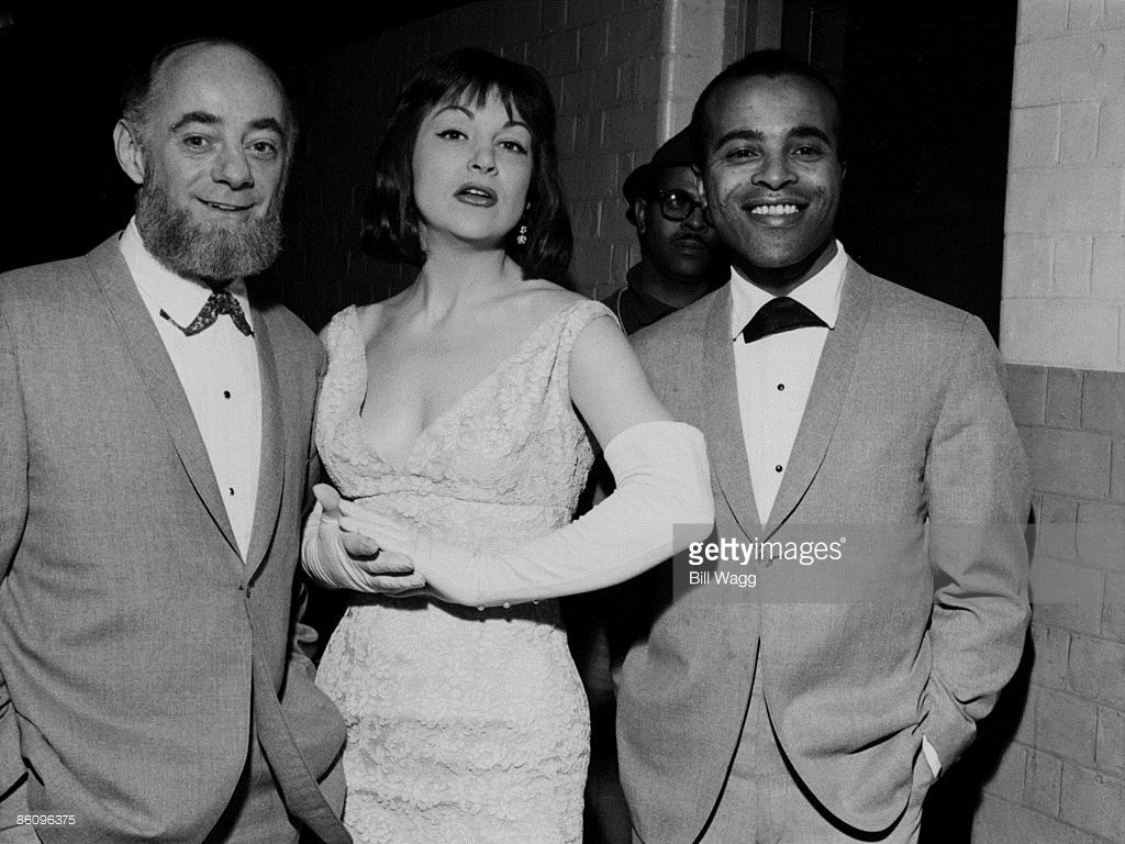 picture Annie Ross