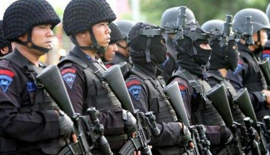 Indonesian SWAT - BRIMOB , SPECIAL POLICE FORCE