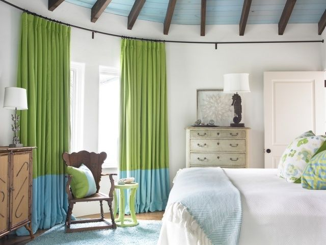 Azurrblau Grün-Gardinen ideen-beach style-schlafzimmer carter-Kay - wandgestaltung schlafzimmer effektvolle ideen