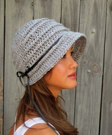 Diseños y patrones de gorros tejidos a crochet para mujer ... af0aea3f033