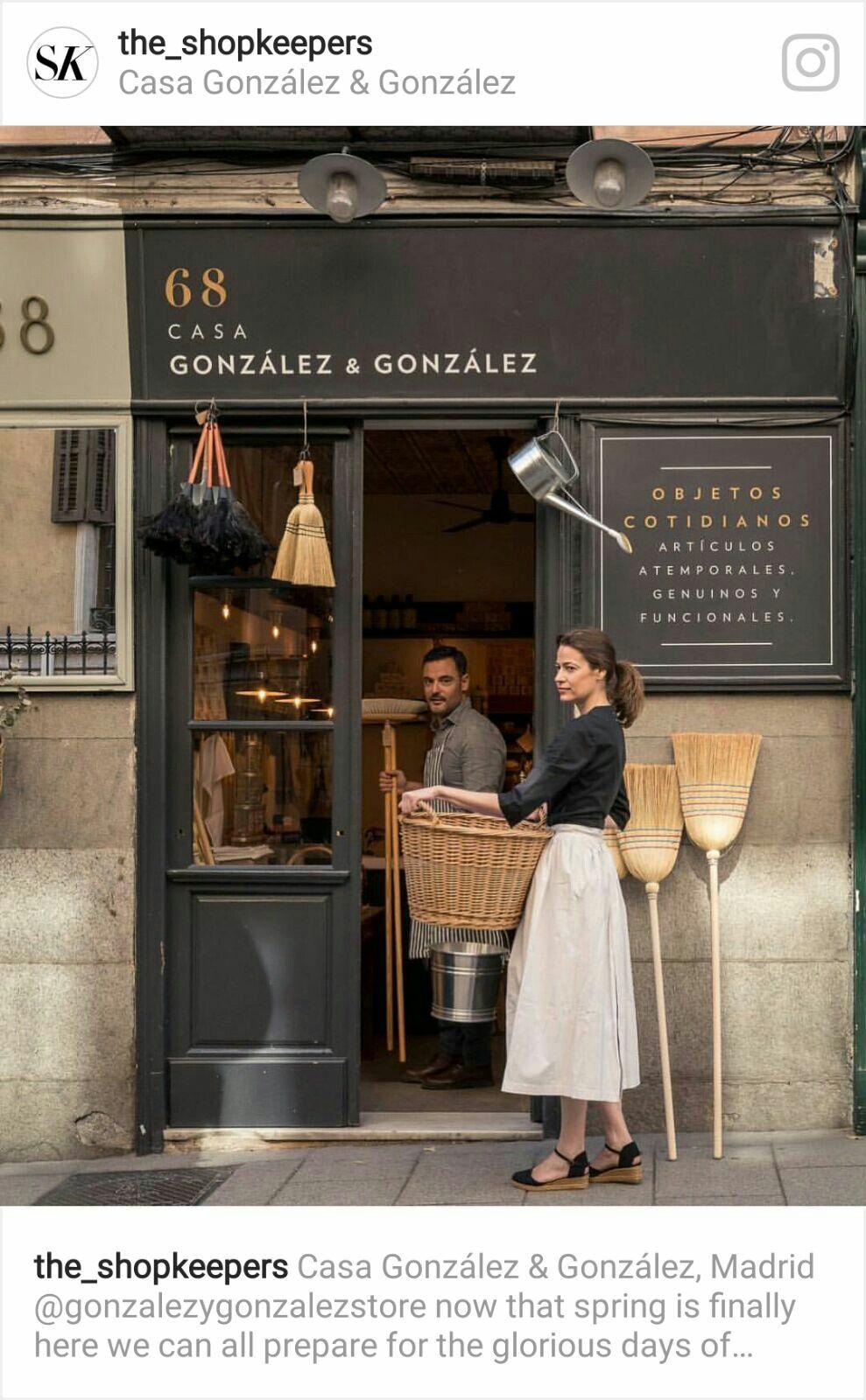 Pin De Mena En Shop Restaurant Fachadas De Tiendas Diseño De Tienda De Café Tiendas Decoracion