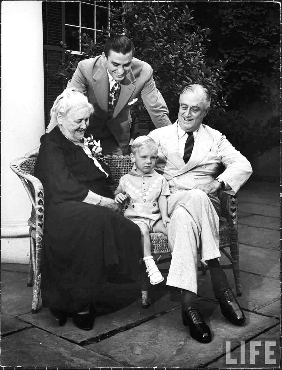 Franklin D. Roosevelt: Sara Delano Roosevelt sitting with her son, President Franklin D. Roosevelt, and his so...