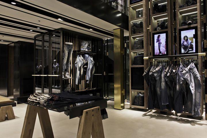 Mango Fashion Store In Melbourne