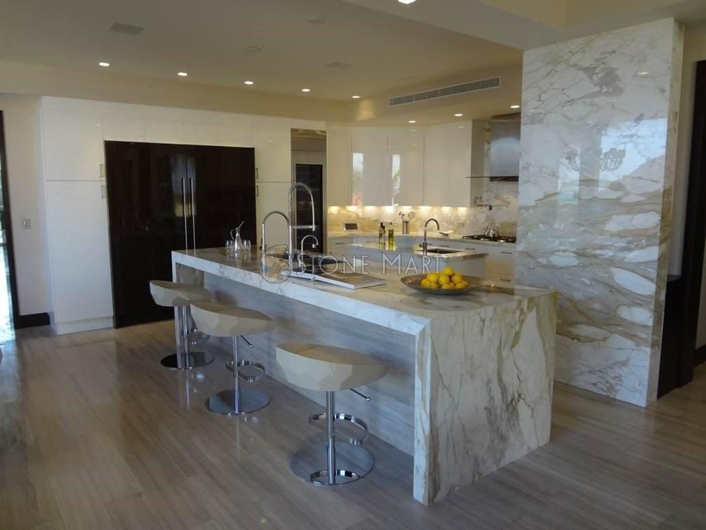 Best Beautiful Kitchen With Paonazzo Marble Countertops And 640 x 480
