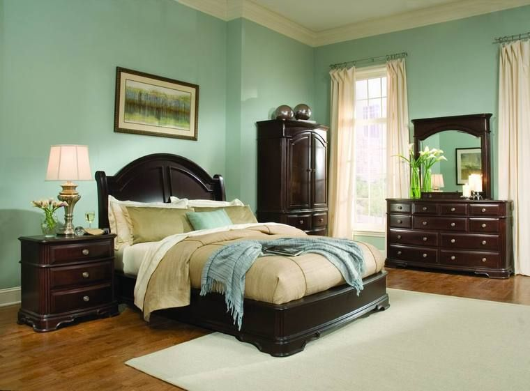 Light green bedroom ideas with dark wood furniture light for Master bedroom paint color ideas with dark furniture