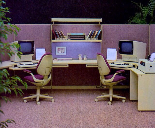 80 S Office Space Retro Interior Design Retro Interior Commercial And Office Architecture