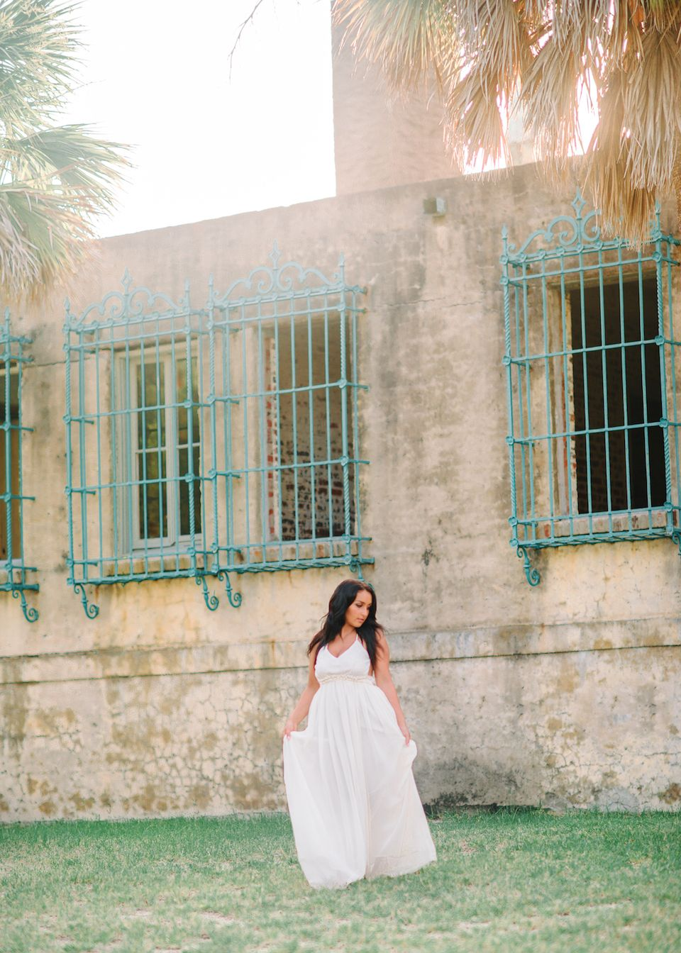 stunning white dresses to wear to your senior session senior