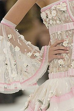 Spr 2005 Couture: Details - chanel Photo