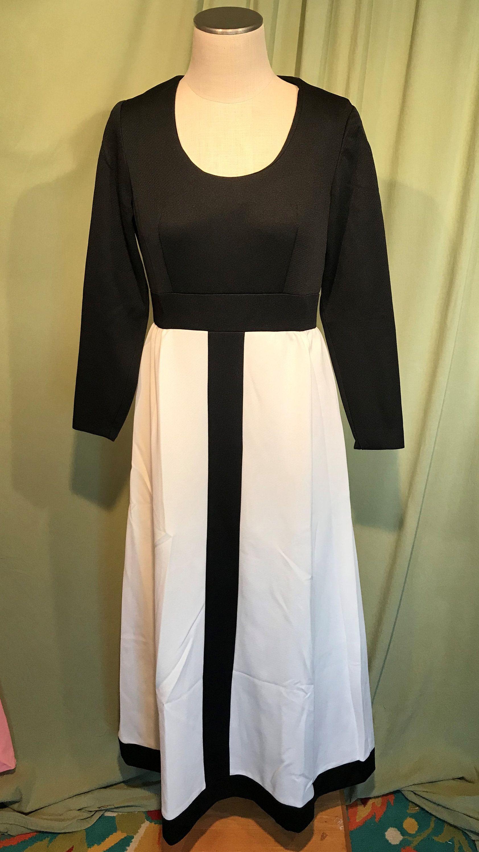 Chic Vintage 70s Black White Long Sleeve Mod Maxi Dress Gown Bust 36 Empire Waist 30 Mod Maxi Dress White Long Sleeve Vintage Dresses [ 3000 x 1684 Pixel ]