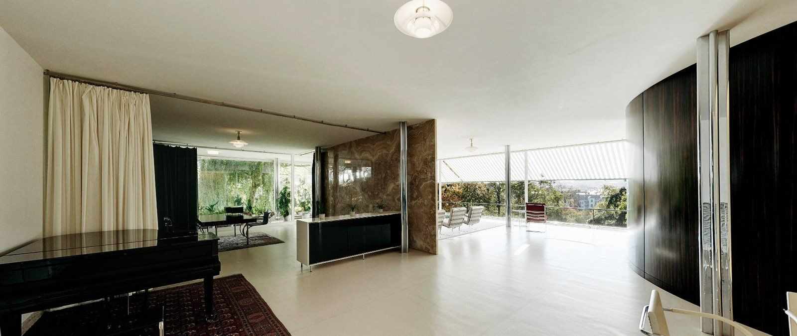 Mies Der Rohe Haus Tugendhat villa tugendhat the home s awe inspiring centerpiece is a vast open